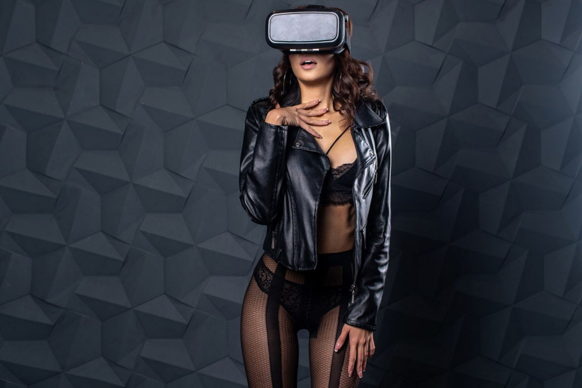 What kind of people most often use vr porn?